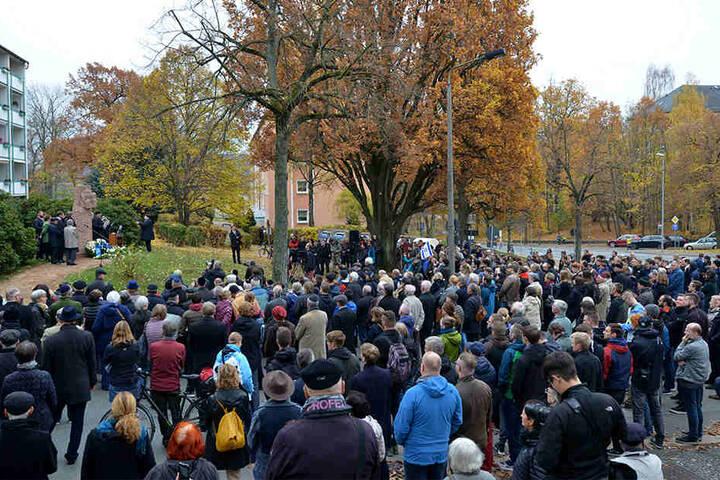 An der Gedenkveranstaltung waren einige hundert Teilnehmer dabei.
