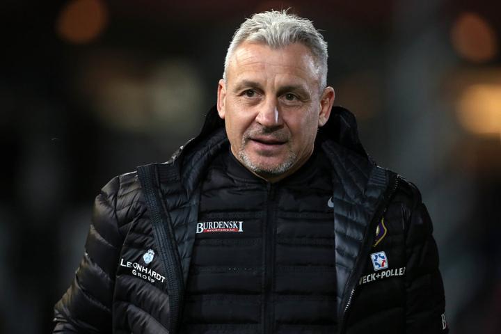 Trainer Pavel Dotchev kann bei der Mannschaftsaufstellung aus den Vollen schöpfen.