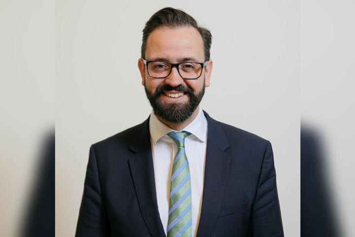 Sachsens Justizminister Sebastian Gemkow (40, CDU) sagt Abzockern den Kampf an.