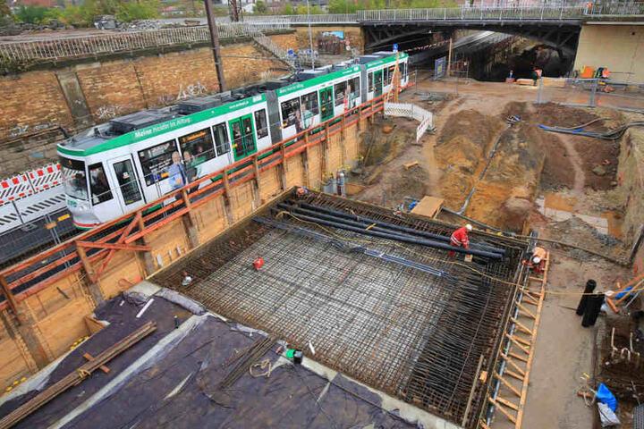 Insgesamt soll der Tunnel nur 200 Meter lang werden. Doch die Kosten und die Baulänge steigen immer weiter an.