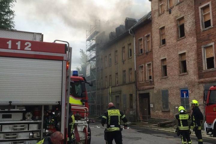 Sobald das Feuer vollständig gelöscht wurde, muss geklärt werden, ob ein Brandstifter am Werk war.