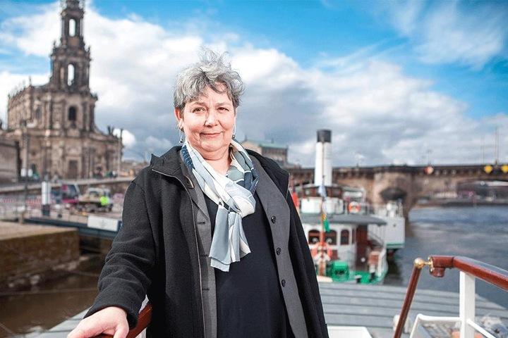 Flottenchefin Karin Hildebrand (63) sagte bis einschließlich Sonntag alle neun geplanten Stadtfahrten ab.