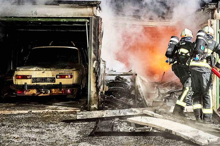 In der Nacht zu Dienstag brannte die Garage des Toten.