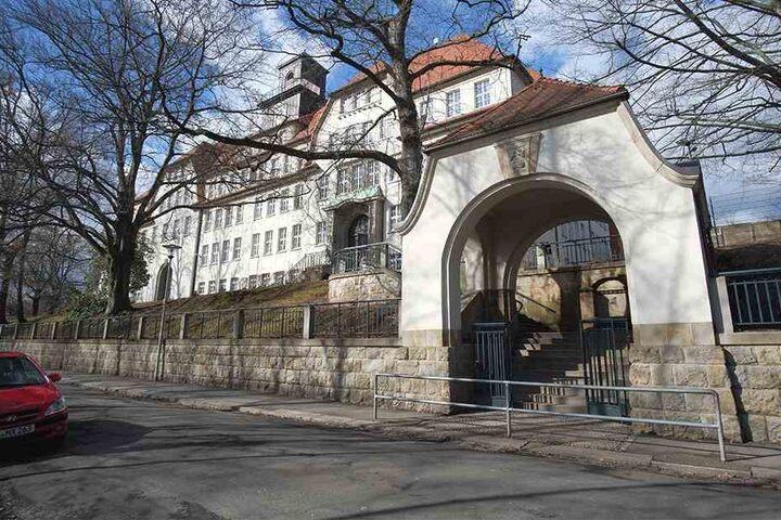 Die Grund- und Oberschule in Schönau wird für knapp 1,1 Millionen Euro saniert.