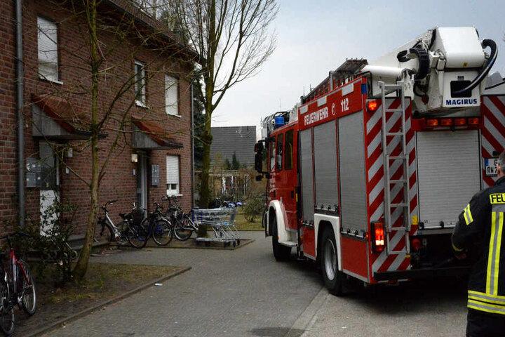 Das Feuer in der Küche im Obergeschoss war bereits gelöscht, als die Feuerwehr ankam.