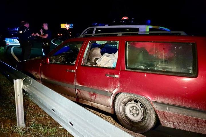 Bei einem Unfall wurde der geflohene Fahrer verletzt.
