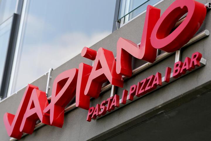 Vapiano konnte zwar zuletzt den Umsatz steigern, steckt aber noch immer tief in den roten Zahlen.