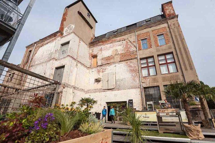 RAW Festival findet in der Schönherrfabrik statt.