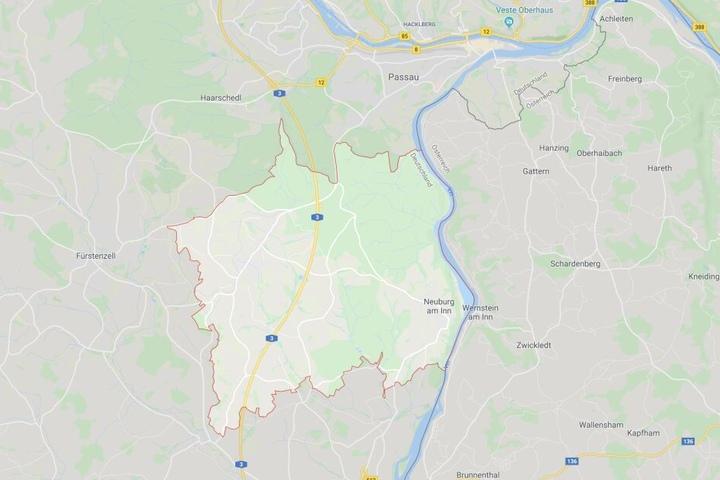 Auf der Autobahn 3 bei Neuburg am Inn ist es in Bayern zu einem tödlichen Unfall gekommen.