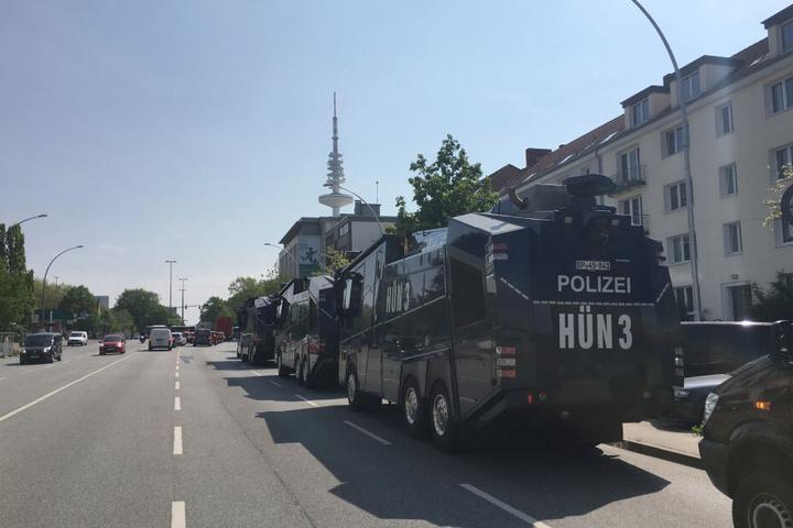 """Die Polizei Hamburg bereitete sich schon einmal auf eine Demo der """"Pegida München"""" vor. (Archivbild)"""
