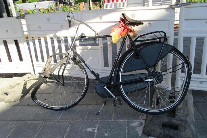 Kurze Zeit später wurde ein Fahrrad von einem IC überrollt.