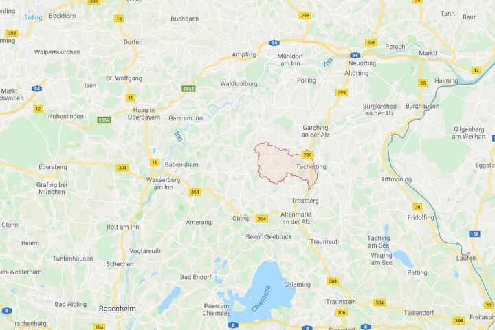Die Polizei konnte einen 30 Jahre alten Verdächtigen aus Tacherting in Bayern verhaften.