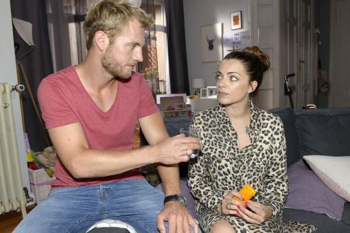 Nun könnte Emily durch eine Kondom-Panne doch Mama werden.