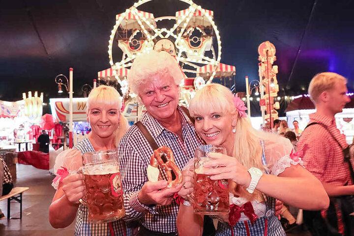 Claudia (re.) & Carmen - die Dixie-Zwillinge mit Achim Schleese.