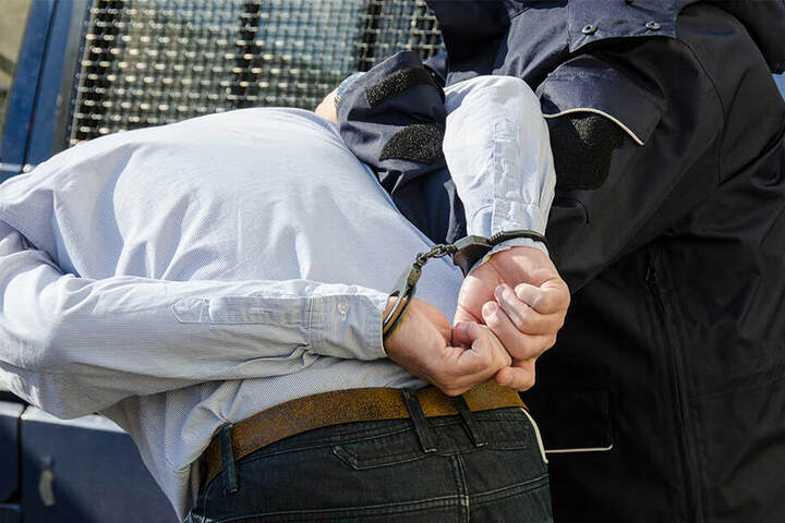 Ein Mann und eine Frau wurden inzwischen festgenommen. Sie werden verdächtigt, das Opfer getötet zu haben. (Symbolbild)