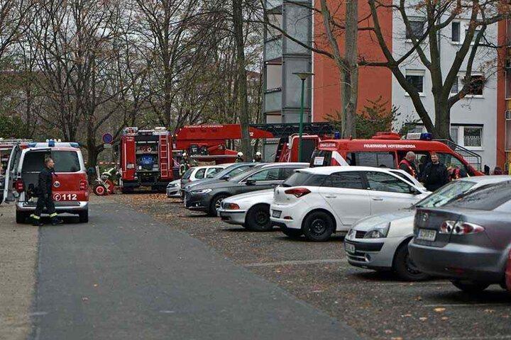 Die Feuerwehr war mit einem Großaufgebot vor Ort und bekam die Flammen schnell unter Kontrolle.