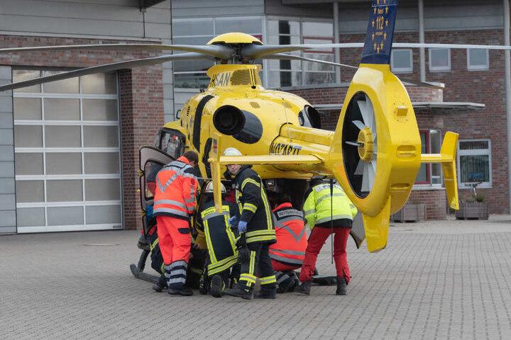Der 60-jährige Garteninhaber musste schwerverletzt mit einem Hubschrauber in eine Spezialklinik gebracht werden.