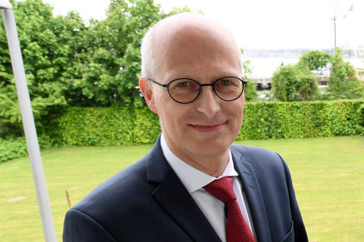 Hamburgs Erster Bürgermeister Peter Tschentscher (SPD) unterstützt das Milliardenprojekt.
