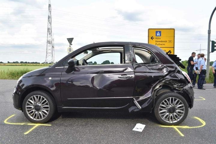 Dieser Fiat wurde ebenfalls beschädigt.