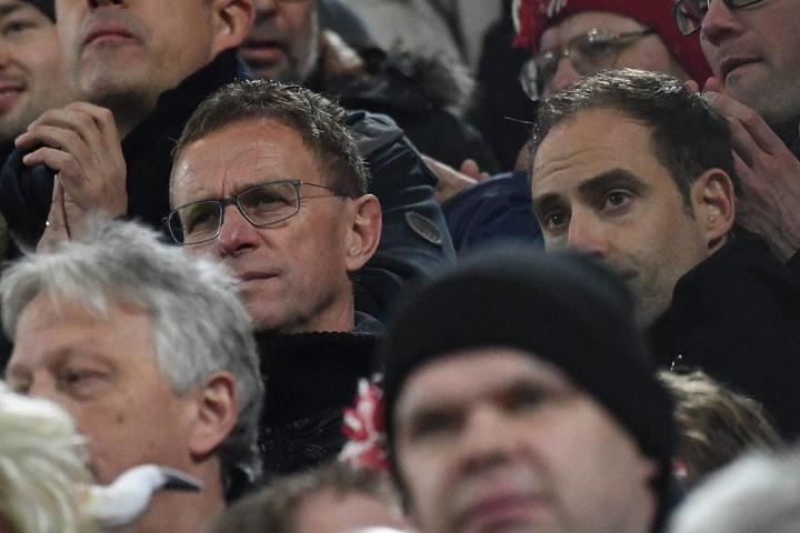 Ralf Rangnick und Oliver Mintzlaff schauten das Spiel gegen Dortmund bei den Leipziger Fans an.