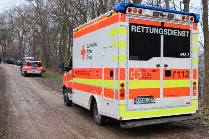 Einsatzkräfte vor Ort in Erkenbrechtsweiler.