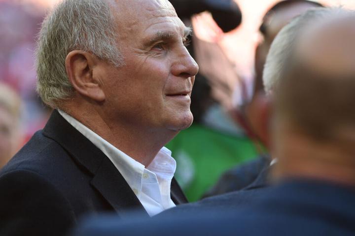 Uli Hoeneß will bei der nächsten Mitgliederversammlung noch mehr für den Präsidenten-Posten des FC Bayern kandidieren.