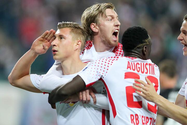 Erstes Champions-League-Tor für Kapitän Willi Orban (li.). RB Leipzig gewann am Dienstag 3:2 gegen den FC Porto.