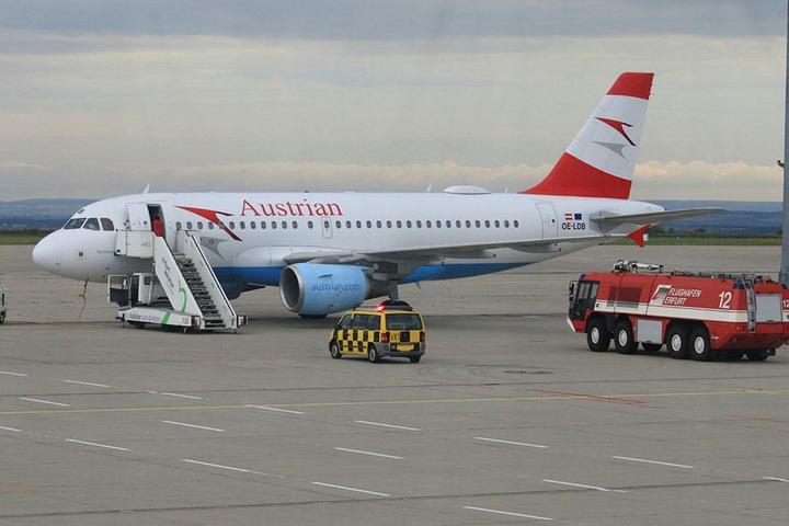 Der Airbus landete wegen Druckabfalls in der Kabine am Flughafen Erfurt.