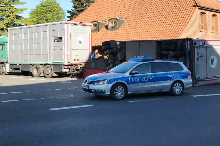 Die Polizei eilte zum Unfallort.