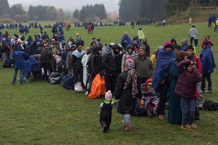 Die Aufnahme von Flüchtlingen soll künftig mit finanziellen Anreizen für die Länder verbunden werden.