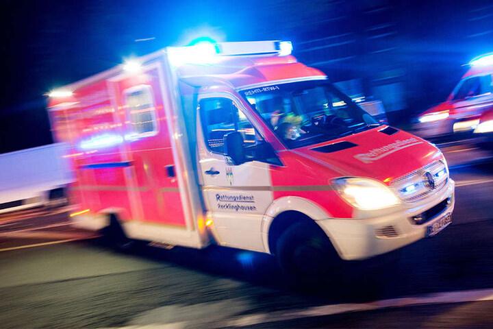 Bei dem Brand wurde ein Mann verletzt. (Symbolbild)