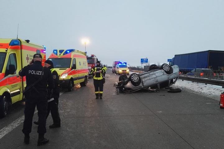 Bei dem Unfall soll es mehrere Verletzte gegeben haben.