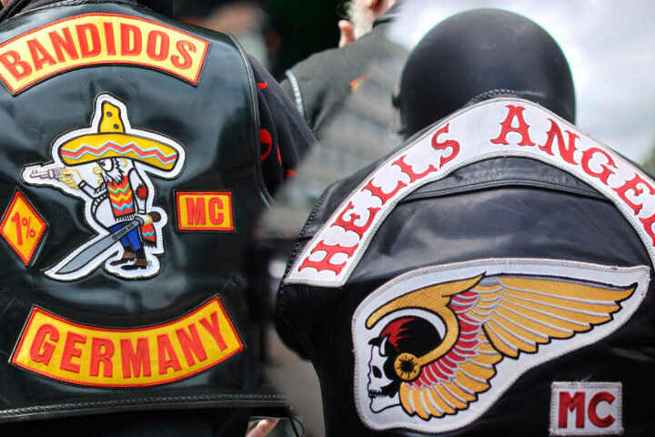 Die Symbole der Bandidos (links) und Hells Angels sind laut dem neuen Vereinsgesetz verboten.