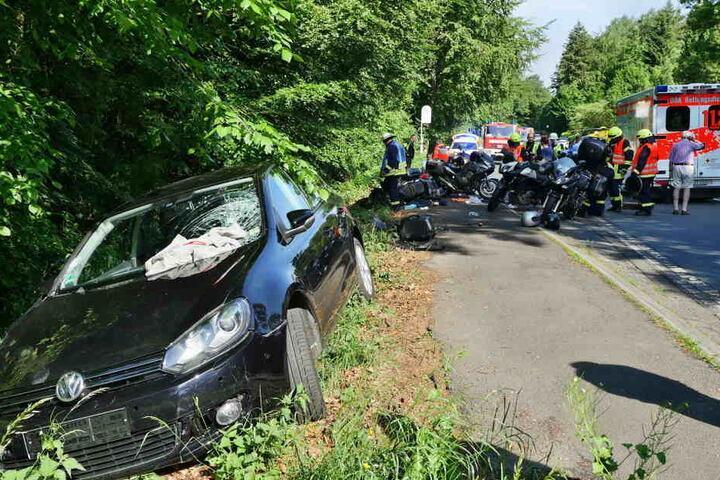 Das Auto der Frau wurde ebenfalls beschädigt.