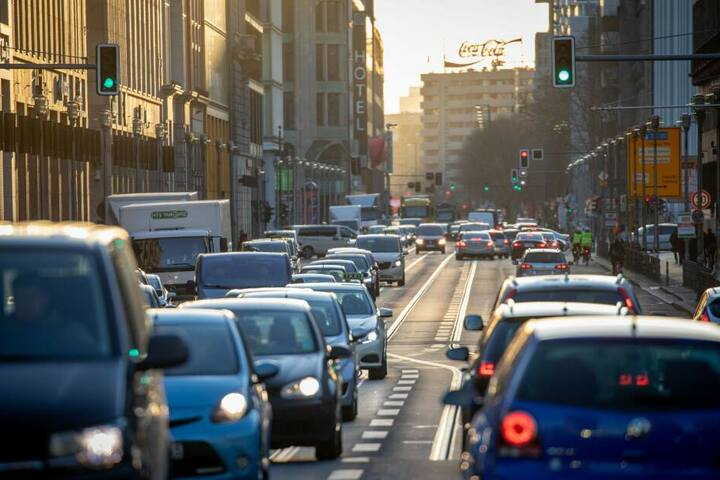 Am frühen Morgen müssen Autofahrer Geduld mitbringen.