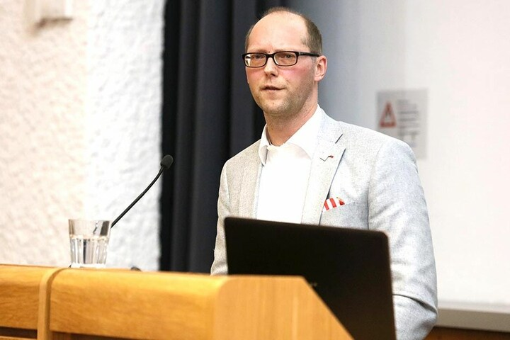 Vorstandssprecher Tobias Leege war auf der Veranstaltung als Redner gefragt.