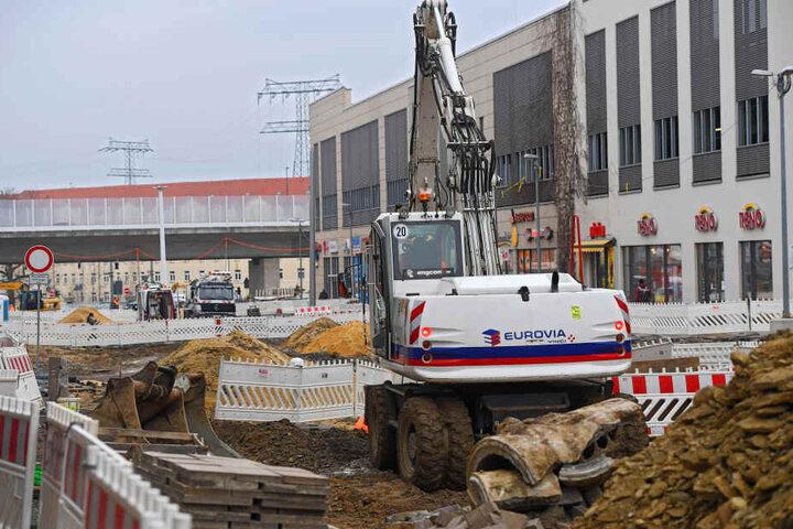 Der monatelange Umbau zur Zentralhaltestelle mit Fußgängerboulevard an der Kesselsdorfer Straße verärgert viele Händler.