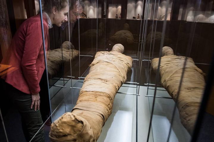 Unter anderem musste der Kopf der Mumie komplett neu modelliert werden.