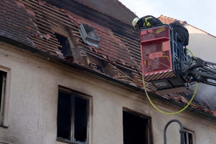 Die Feuerwehr konnte verhindern, dass die Flammen sich ausbreiteten.