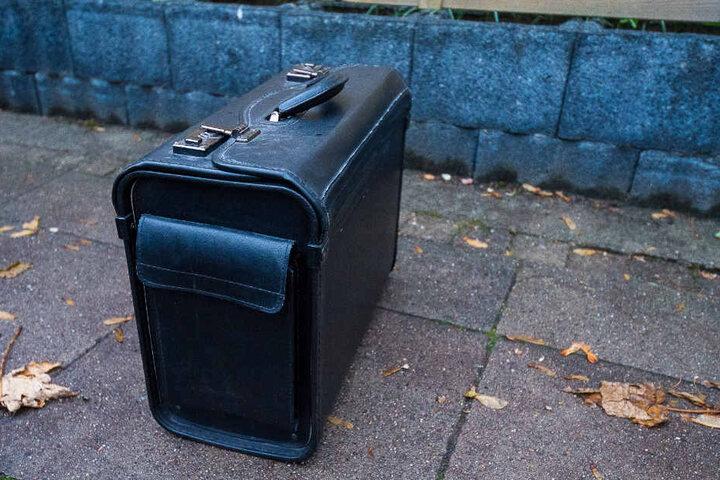 In diesem Koffer wurde eine Bombe vermutet.