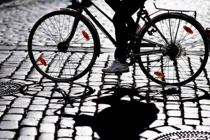Vor allem kritisieren viele Radfahrer die zu schmalen Radwege. (Symbolbild)