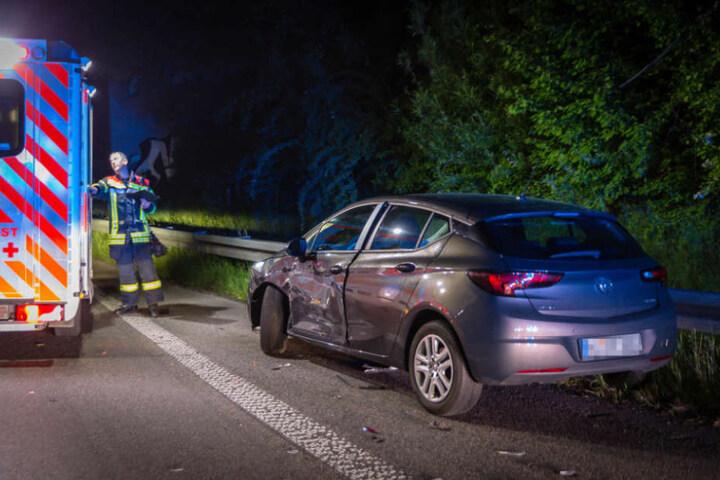 Die Insassen des Opels mussten nach dem Crash in ein Krankenhaus gebracht werden.