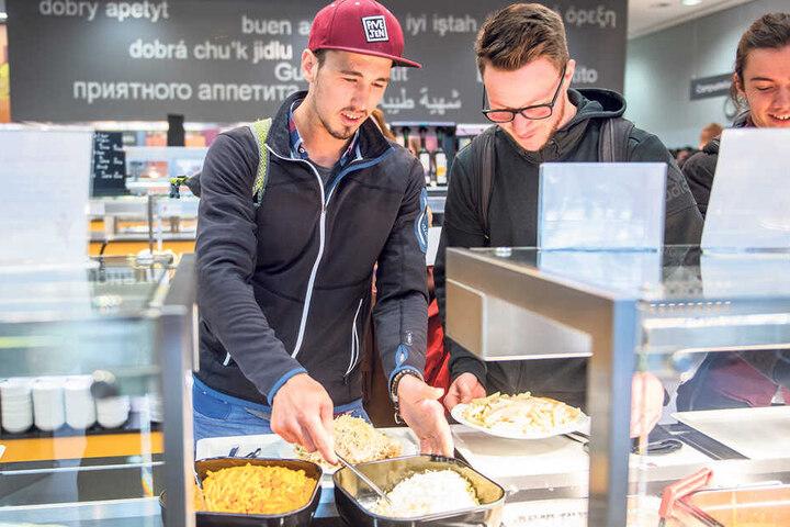 In der TU-Mensa gibt es ein vielfältiges kulinarisches Angebot für Studenten.