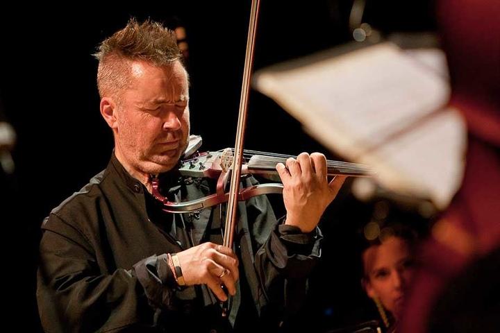 """Geigen-""""Punk"""" Nigel Kennedy (63) gilt als Pionier des Crossovers in der Klassik."""