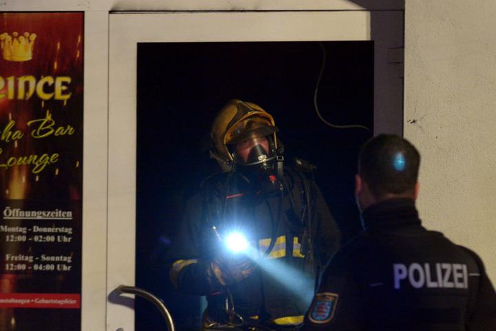 Die Polizei muss nun ermitteln wie es zu dem Brand kommen konnte.