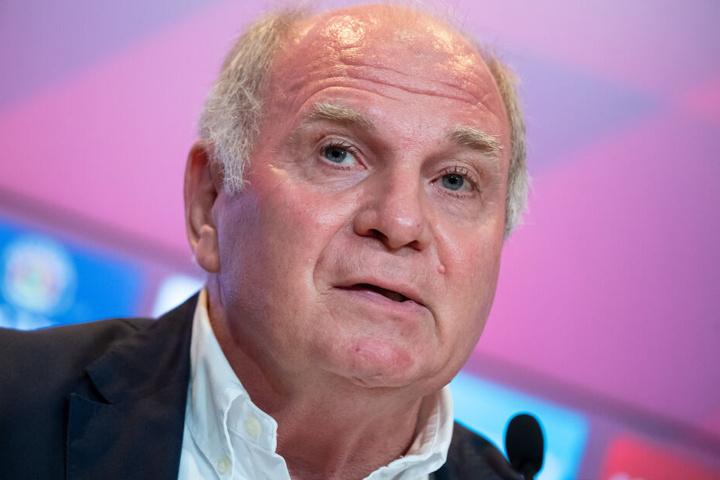 Der in der kommenden Woche aus dem Amt scheidende Bayern-Präsident Uli Hoeneß gibt Einblicke in die Kovac-Situation.