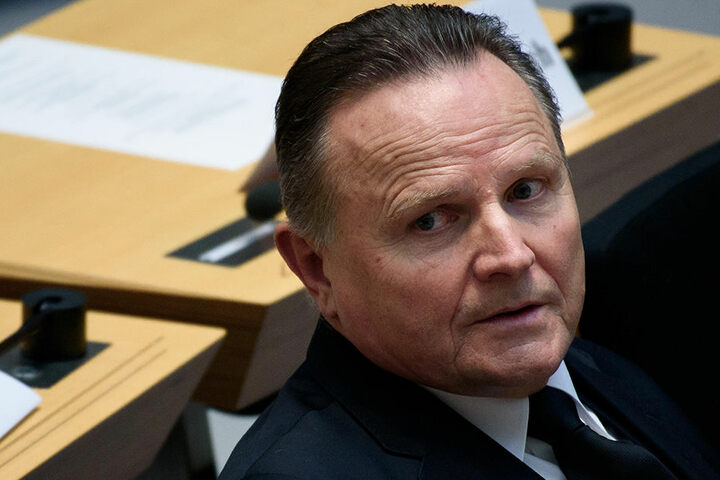 """Partei-Vize Georg Pazderski erklärte: """"Solange Herr Bachmann das Gesicht von PEGIDA-Dresden ist, kann es keine Zusammenarbeit geben."""""""