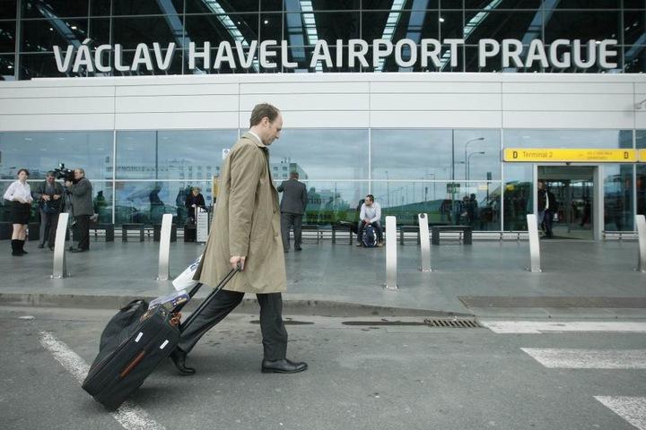 Der Flughafen Prag steckt seine Fühler Richtung Sachsen aus. Für kommendes  Jahr ist eine Werbekampagne geplant.