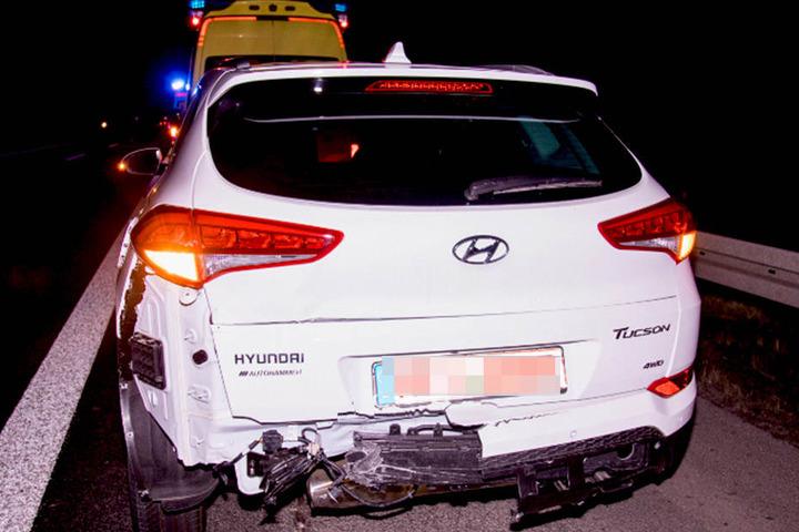 Alle Insassen des Hyundai mussten ins Krankenhaus gebracht werden.