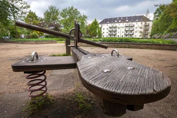 Der Spielplatz in Pölbitz hat dringend eine Sanierung notwendig.